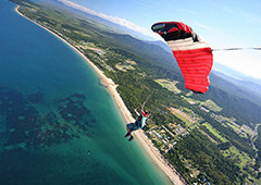 Skydiving in Cairns Jump the Beach