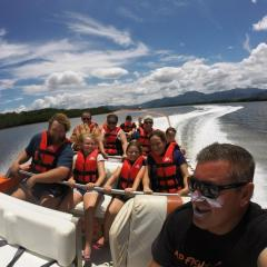 Jet Boat Cairns Trinity Inlet - Adrenaline tours