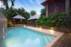 Heated Swimming Pool & Outdoor Spa - Port Douglas Holiday Home
