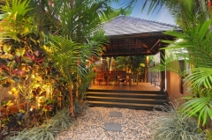 Balinese Tropical Gardens -  Port Douglas Holiday House