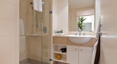 Modern Bathroom facilities - Beach Club Private Apartments, Palm Cove