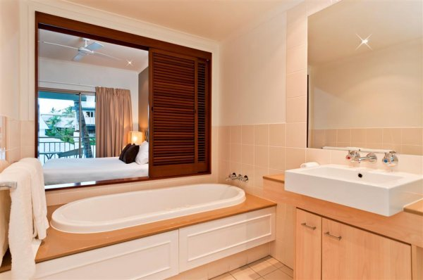 Hotel Bathroom at Amphora Resort private Apartments, Palm Cove