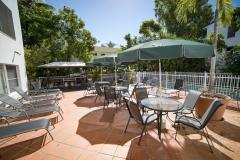 Poolside BBQ Pavilion & alfresco dining area - Beach Terraces Port Douglas Holiday Apartments