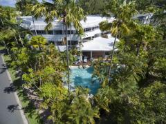 Beach Terraces Port Douglas Holiday Apartments centrally located near Four Mile Beach & short walk to Macrossan Street