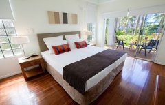 Beaches Port Douglas - Bedroom