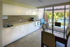 Beachfront Apartments Kitchen & Dining with Ocean Views - Drift Private Apartments, Palm Cove