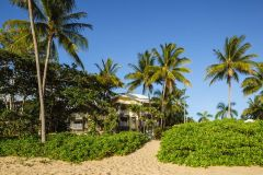 Beachfront Family Friendly Accommodation at Cairns Beaches - Coral Sands Resort Trinity Beach