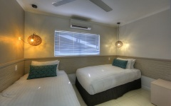Beachfront Family Room Kids Room with 2 Single Beds - Mission Beach Castaways Resort & Spa