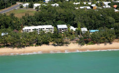 Beachfront Location - Argosy o the Beach Holiday Accommodation - Cairns Beaches Accommodation