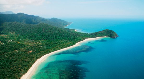 Beautiful coastline of Daintree and Cape Tribulation Rainforests