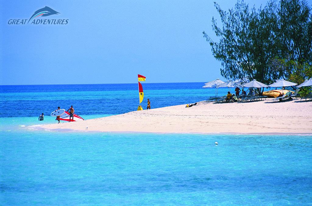 Green Island: Green Island Ferry Tours Cairns