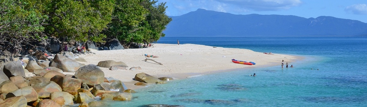 Beautiful white beaches on Fitzroy Island