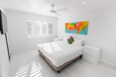 Palm Cove Resorts - Bedroom - On The Beach Luxury Holiday Apartment Palm Cove 2