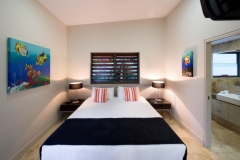 Bedroom with Ensuite - Luxury Port Douglas Holiday House