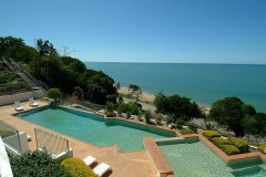 Bellevue at Trinity Beach - Swimming Pool with Stunning Ocean Views