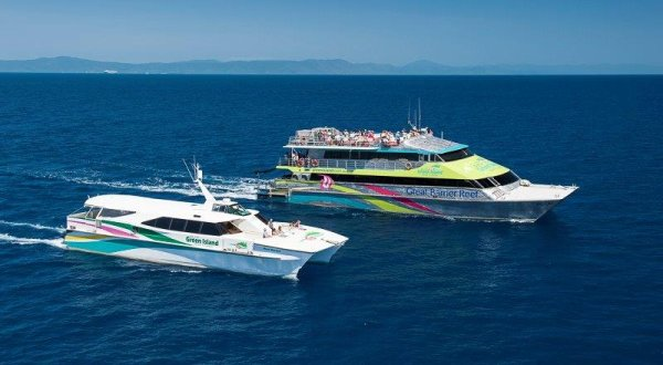 BCC Catamarans Cruising to Green Island