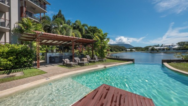 Blue Lagoon Resort Trinity Beach | Cairns Beaches Resort Accommodation