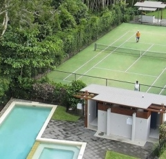 Blue Lagoon Tennis Court - Blue Lagoon Resort Trinity Beach
