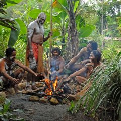Group Tour To Tjapukai Aboriginal Cultural Park