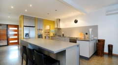 Holiday House Bramston Beach - Kitchen of Luxury Holiday Home