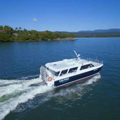 Great Barrier Reef Tour |Brand New Boat for Half Day Low Isles Tour