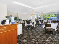 Breakfast Room - Ibis Styles Cairns