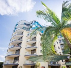 Cairns Breakfree Royal Harbour Holiday Apartments on Cairns Esplanade - Great Location in the heart of the city