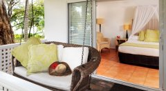 Brigadier Room with romantic love swing - Reef House Palm Cove