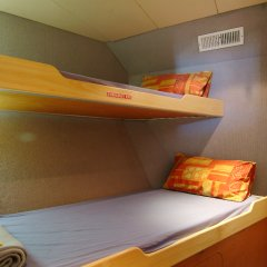 Bunk bed accommodation on your Great Barrier Reef learn to dive trip