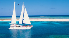 4 Night Cairns Hilton & Reef Package - Private Transfer, Daily Breakfast PLUS Great Barrier Reef Day Trip