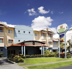 Cairns Budget Accommodation - Cairns Hotel Motel with FREE Breakfast