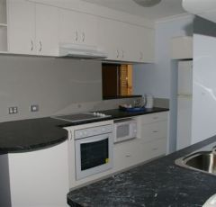Cairns Accommodation Spacious Kitchen with modern equipment