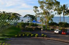Cairns Beach Resort - Holloways Beach with kids playground