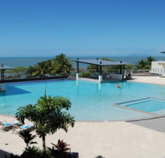 Cairns Beaches - Oceanview Luxury Holiday Apartments