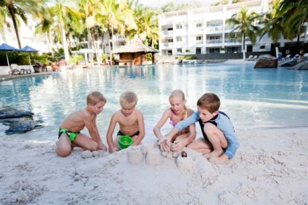 Cairns Beaches Family Resorts