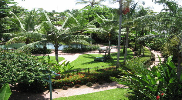 Cairns Beaches Resort Accommodation - Holiday Apartments