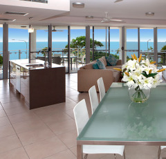 Cairns Esplanade Vision Holiday Apartments - Cairns Accommodation (3 Bedroom Penthouse)