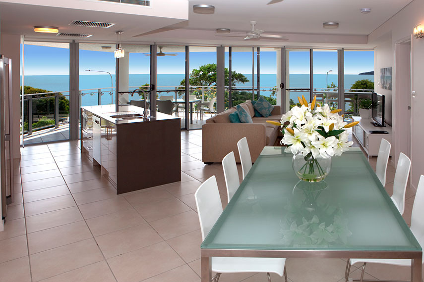 cairns accommodation self contained esplanade luxury