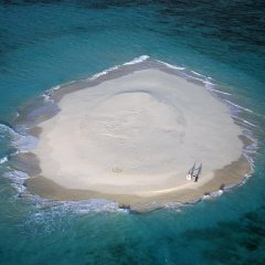 Cairns Helicopter Scenic Flights over Sand Cay