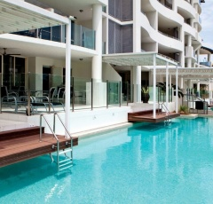Cairns Holiday Apartments | Waters Edge Cairns Esplanade Accommodation