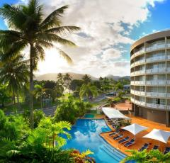 Cairns Hotels | Cairns Accommodation | DoubleTree by Hilton | Cairns Esplanade Hotel