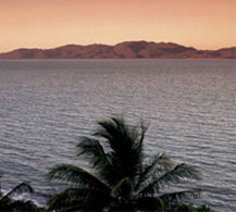 Cairns Islands Accommodation Absolute Beachfront Resorts Hotels and Holiday Accommodation by Cairns Holiday Specialists