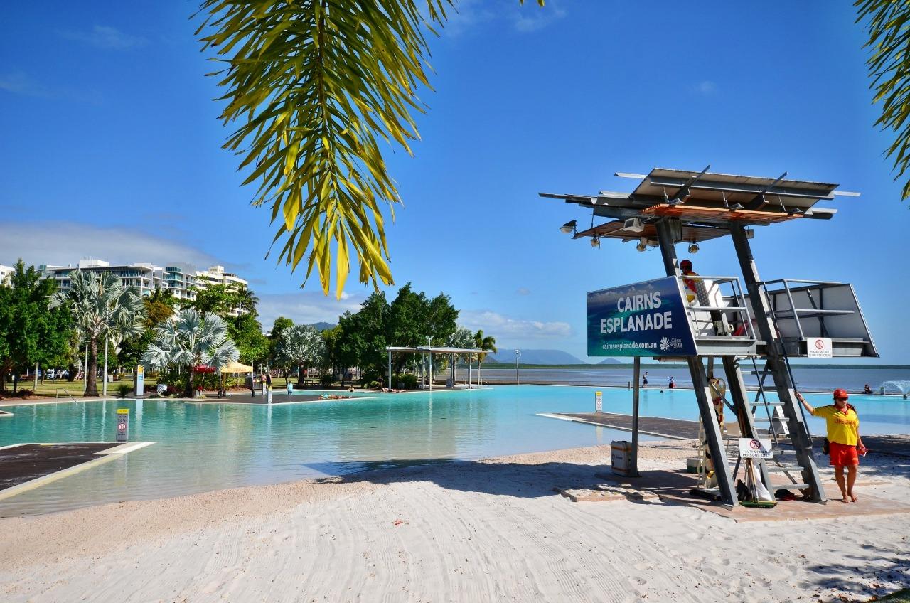 Cairns Hotel Beach