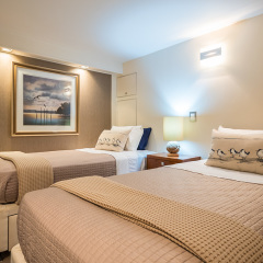 Cairns Luxury Charter Boat | Twin Bedroom