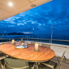 Cairns Luxury Charter Boat | Upper Deck
