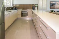 Self Contained Kitchen - Cairns North Shore Towers Private Apartment