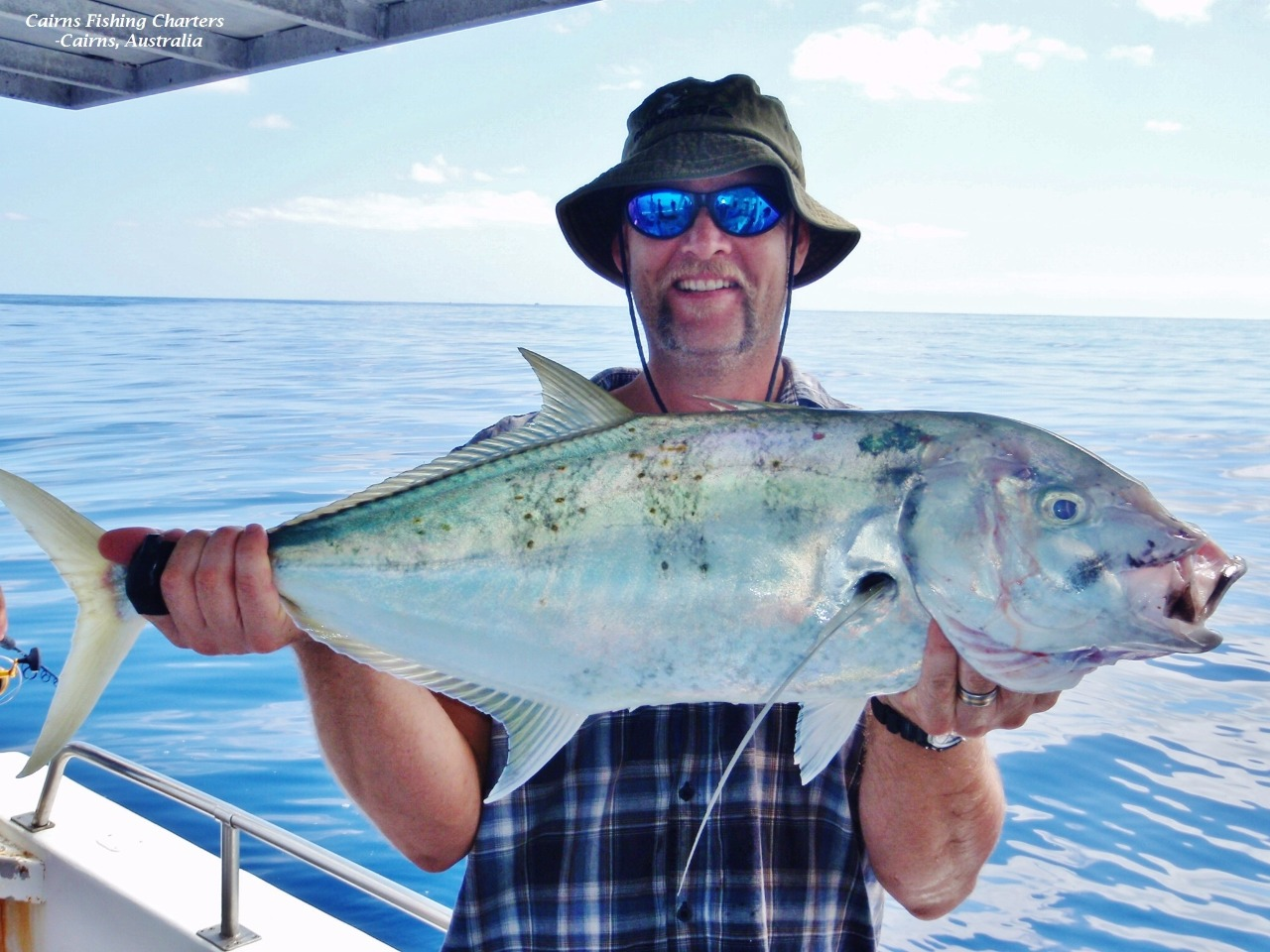 Cairns private fishing charter great barrier reef day or for Private fishing charters