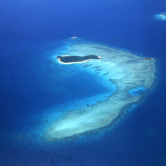Cairns scenic flights - Aerial View of Great Barrier Reef Islands