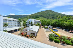 Car Parking Facilities - Palm Cove Holiday Apartments
