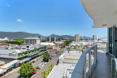 Central location in the heart of Carins - Centre Point Apartments Cairns Balcony